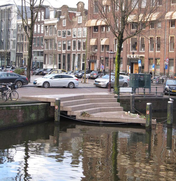 Homomonument on the Keisersgracht in Amsterdam. Jennifer S. Alderson author.
