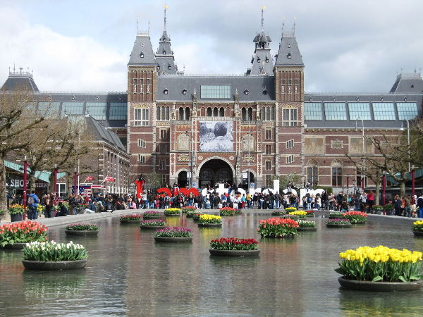 Rijksmuseum with Tulips Jennifer S. Alderson author